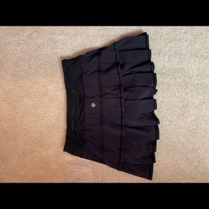 Lululemon black running skirt